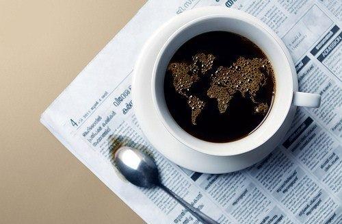 mesa de cafe - com jornal