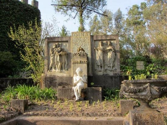 Monumento à sua mulher, Dina