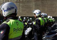 CÂMARA ENTREGA 17 NOVAS MOTAS À POLÍCIA MUNICIPAL! RUI MOREIRA ADMITE MUDANÇA DE INSTALAÇÕES DESTE CORPO DE SEGURANÇA