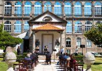 """Hospital de Santo António assinala 250 anos com anúncio de limpeza profunda da fachada! Investimento da """"Santa Casa"""" será de meio milhão de euros…"""