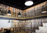 Fonoteca Municipal do Porto já está de portas abertas! Ao dispor encontra-se um arquivo sonoro com mais de 35 mil discos de vinil…