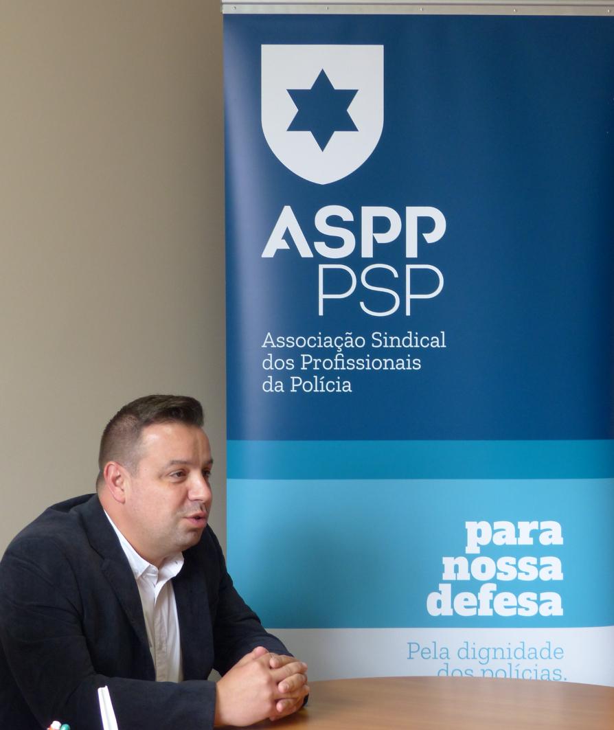 """Paulo Santos (ASPP/PSP): """"Não basta só conversa! É preciso que o Governo encare a ASPP como representante dos polícias e que lhes resolva os problemas!"""""""